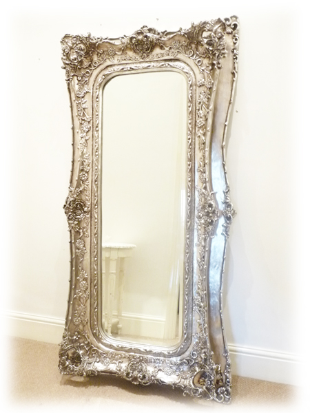 At home fantasy dressing room for Long decorative wall mirrors