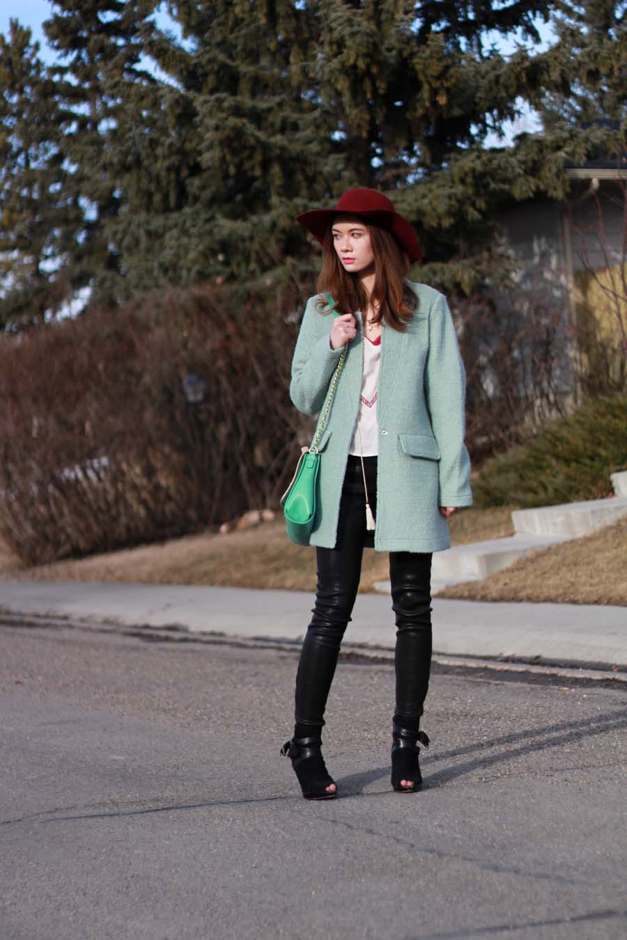 sage green coat, mint coat, botkier, glamorous clothing, glamorous coat, nasty gal, felt hat, bohemian style, bohemian chic, spring fashion, leather pants, peep toe boots