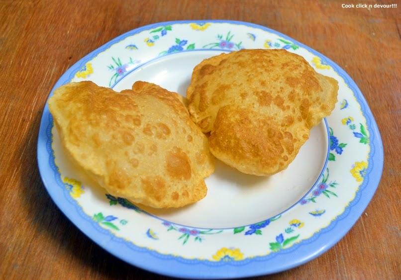 potato poori recipe | how to make potato poori