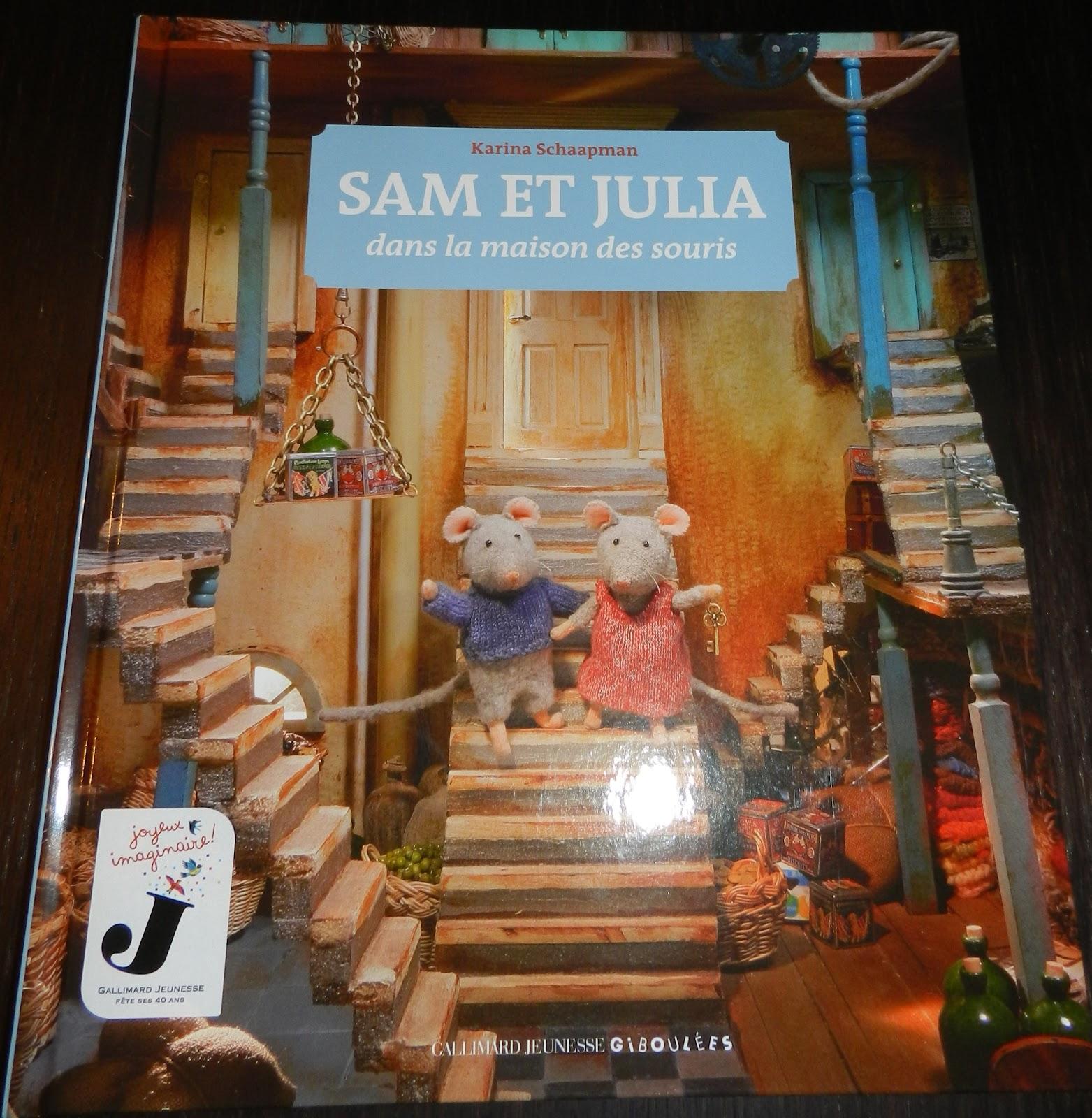 ana s et sa petite vie les adorables sam et julia dans la maison des souris. Black Bedroom Furniture Sets. Home Design Ideas