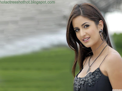katrina kaif hot pics in black top
