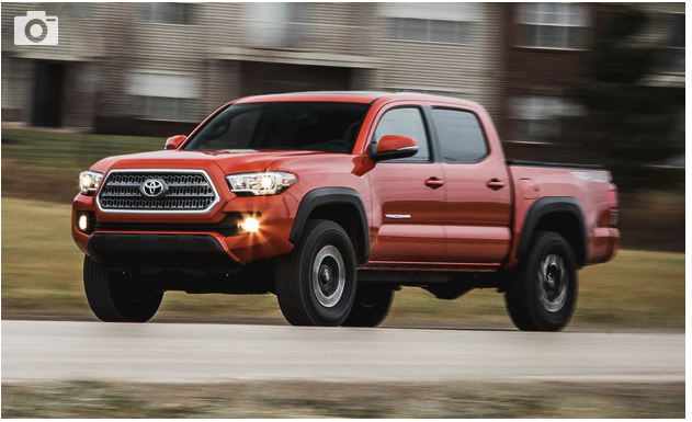 2017 Toyota Tacoma V-6 4x4 Manual