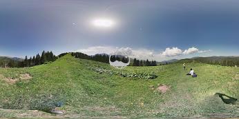 Click pentru panorama 3D (Sphere) - necesită Google Plus