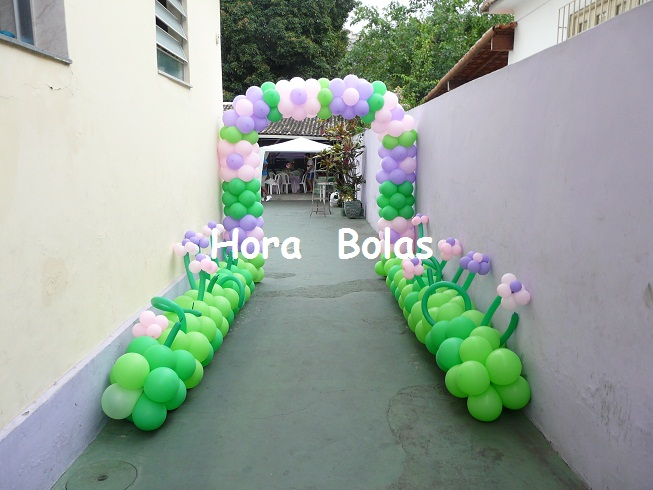 decoracao para jardim de sitio : decoracao para jardim de sitio:Hora Bolas – Arte com Balões: Arco Flores + Jardim