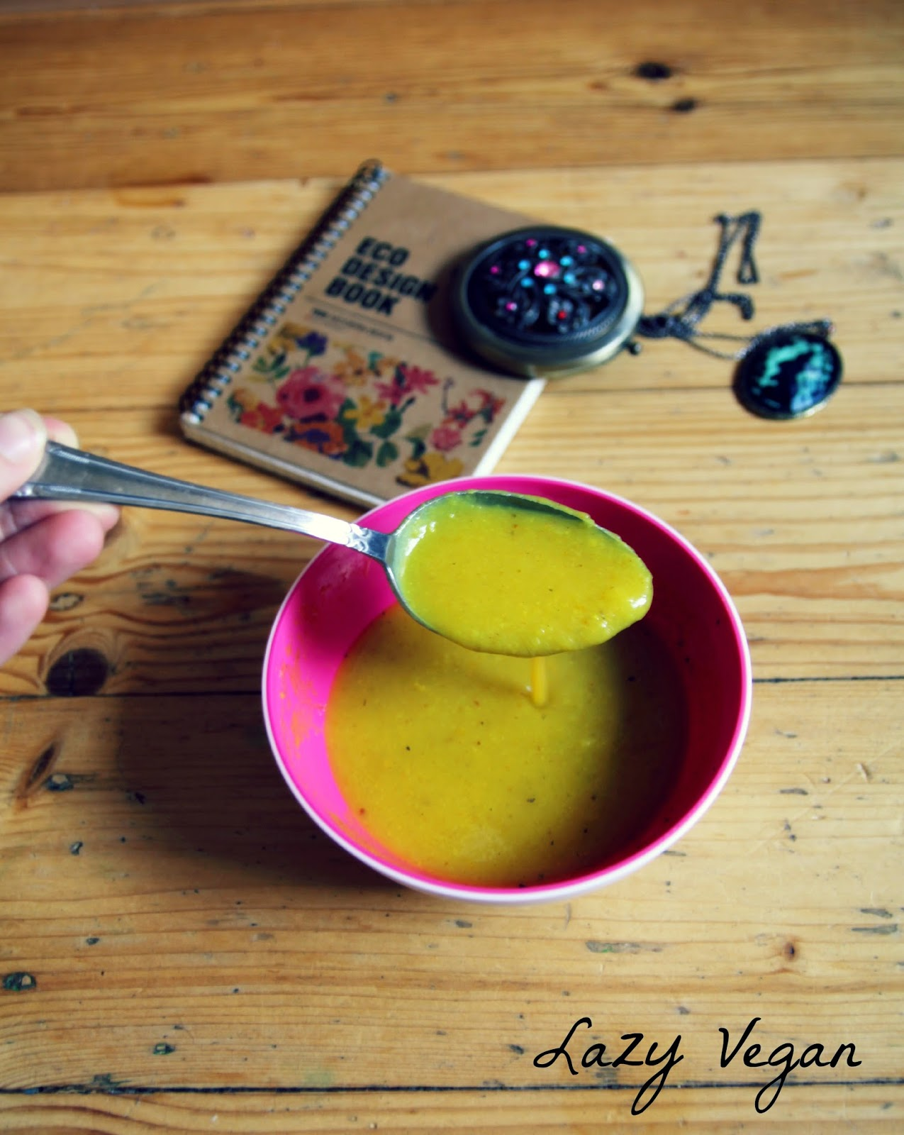 Soup, Creamy soup, Vegan, Gluten-free, Cauliflower, Vegetables, Plant-based,