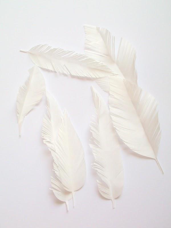 piórka z papieru