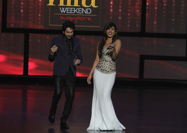 Priyanka Chopra dazzles in a white floor length skirt - Priyanka white gown -IIFA 2012