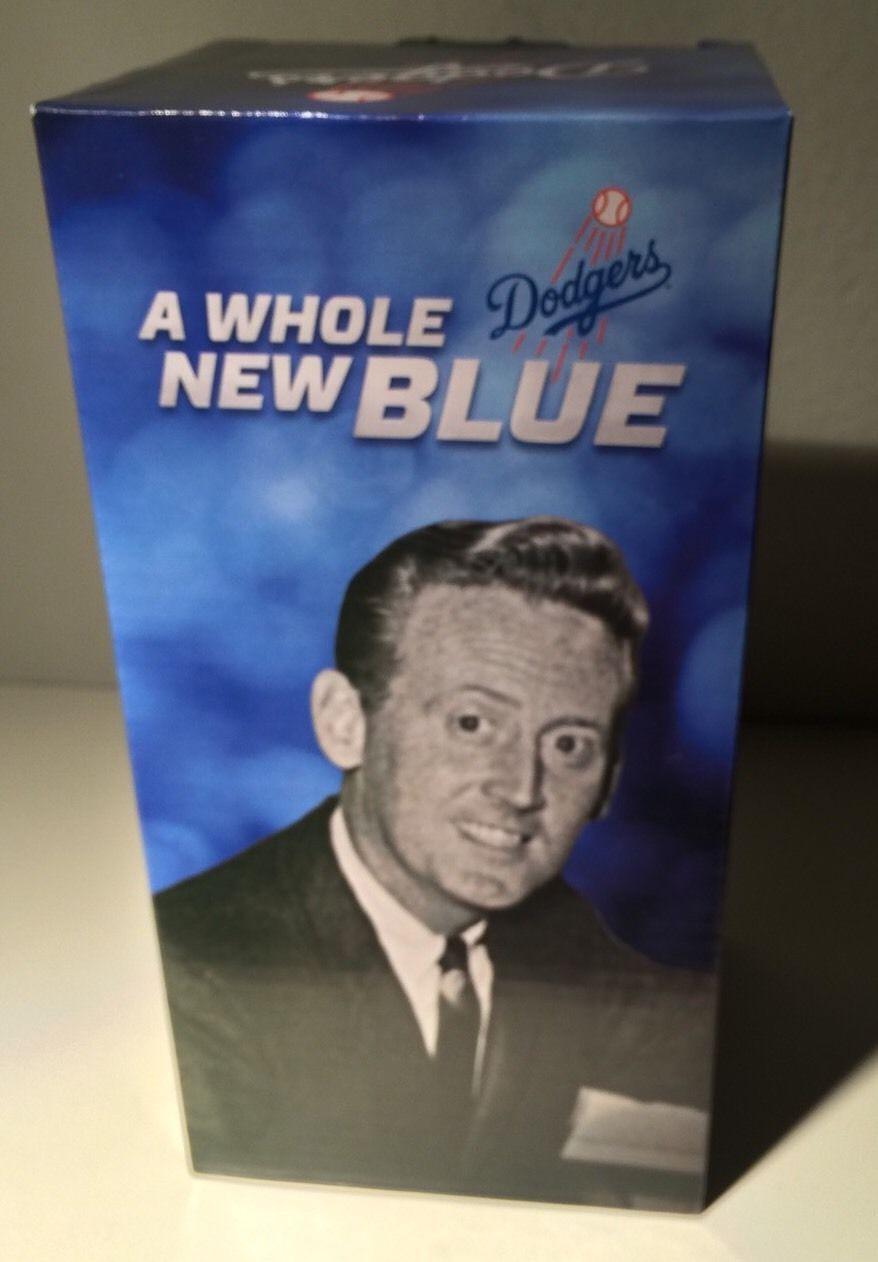 dodgers blue heaven  vin scully memorabilia checklist records magazine covers  stadium