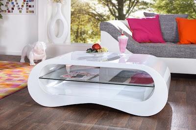 moderny nabytok, stolik so sklom vo vysokom lesku, biely stolik do obyvacky