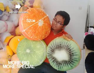 gambar bantal buah besar