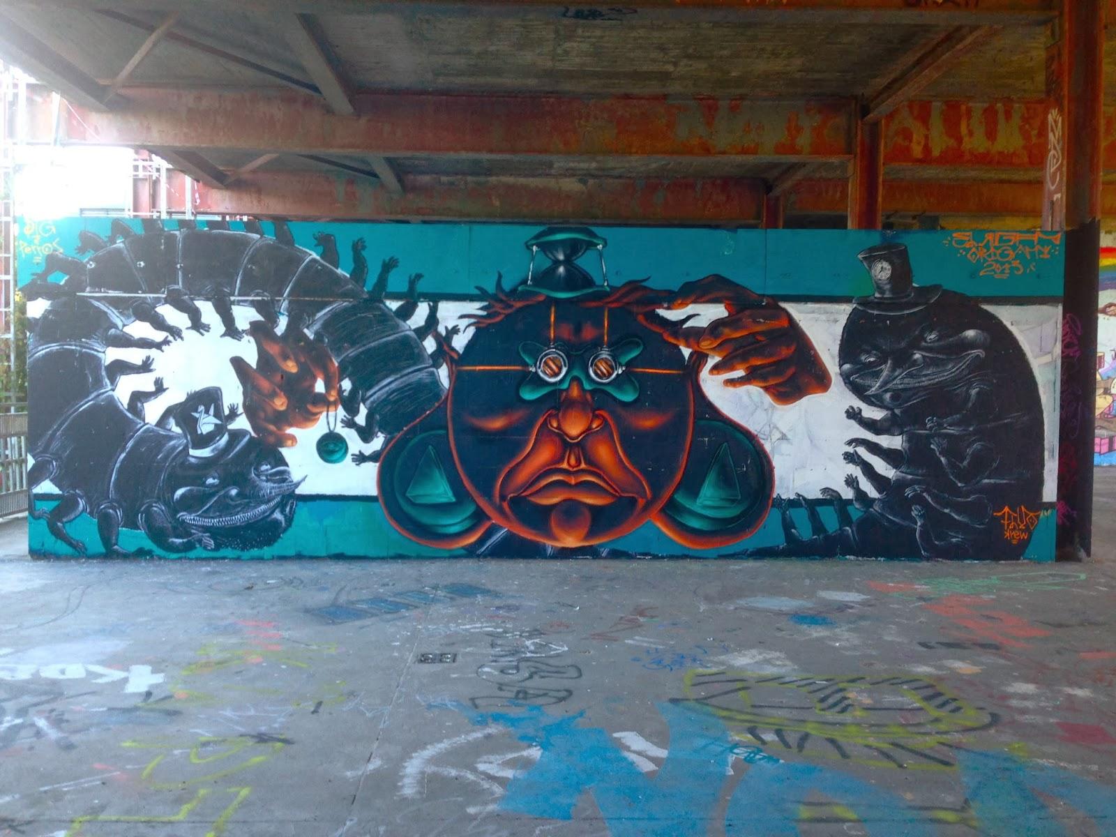 Teufelsberg Panorama Aussicht Berlin NSA Berg Grunewald Street Art Graffiti Tausendfüßler