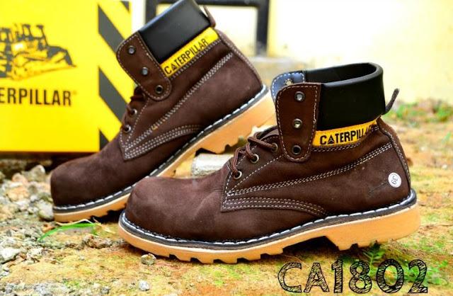 Sepatu Boots Safety Caterpillar Kulit Asli, kode CA1802