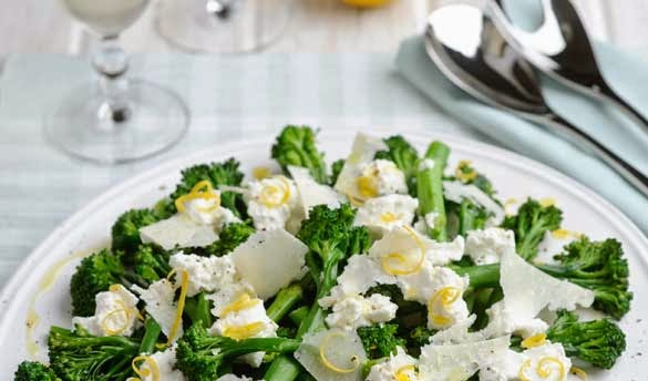 Broccoli with ricotta, lemon and shaved parmesan