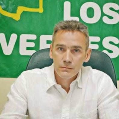 FOTO CONCEJAL PINCHA LA FOTO Y VERAS SU NÓMINA , .