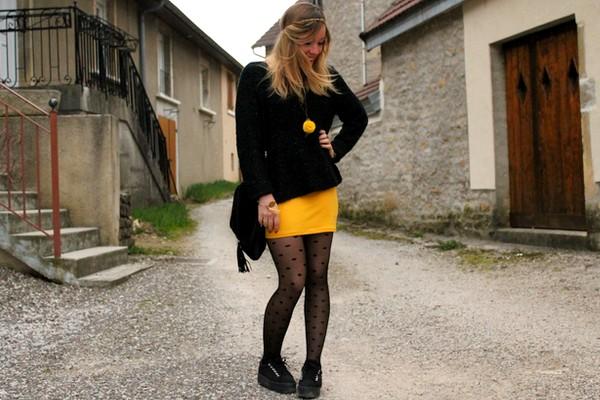 Tenue printemps jupe jaune