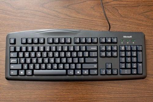 Recicla inventa teclado del ordenador de colores para la - Foto teclado ordenador ...