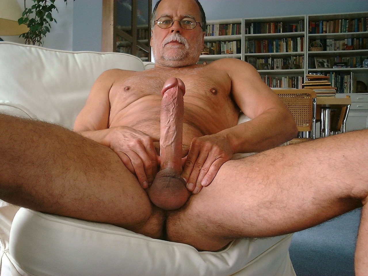 Naked huge men fucking women fucks pics