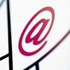 Estudo aponta declínio no uso do correio eletrônico entre internautas de até 55 anos.