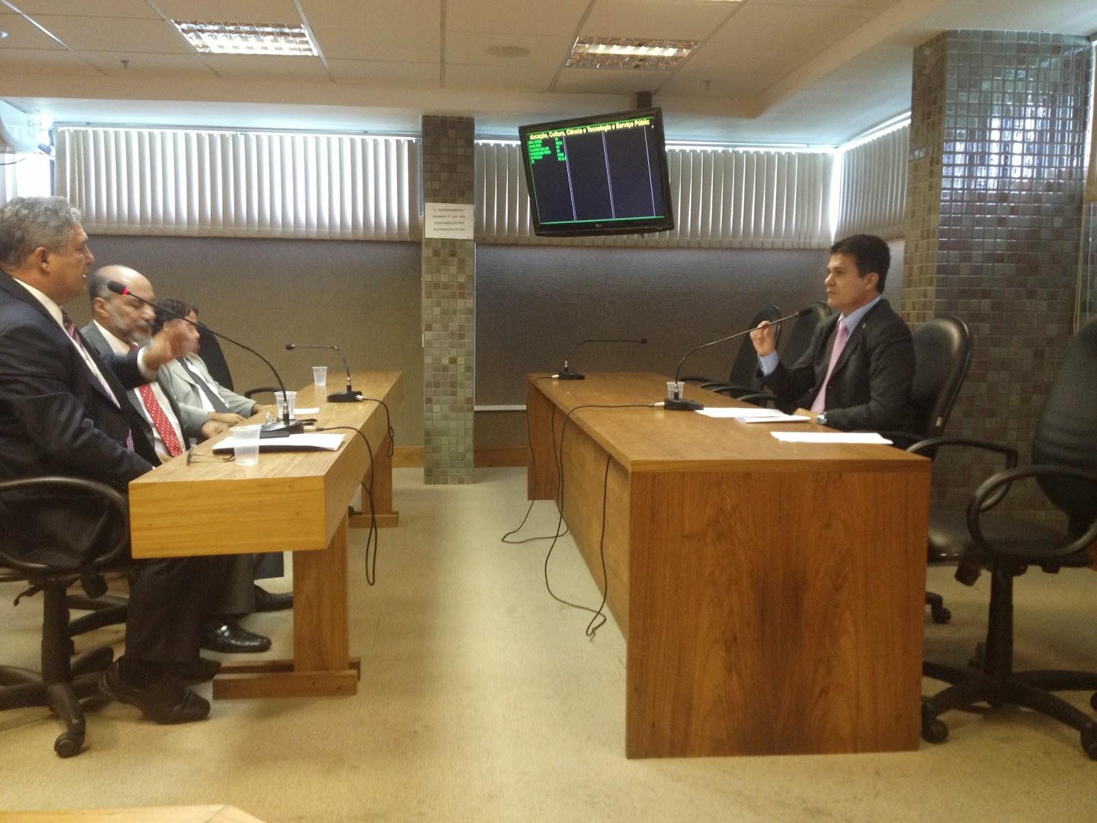 Morro do Chapéu e Licínio de Alemida recebem visita da Comissão de Educação da ALBA