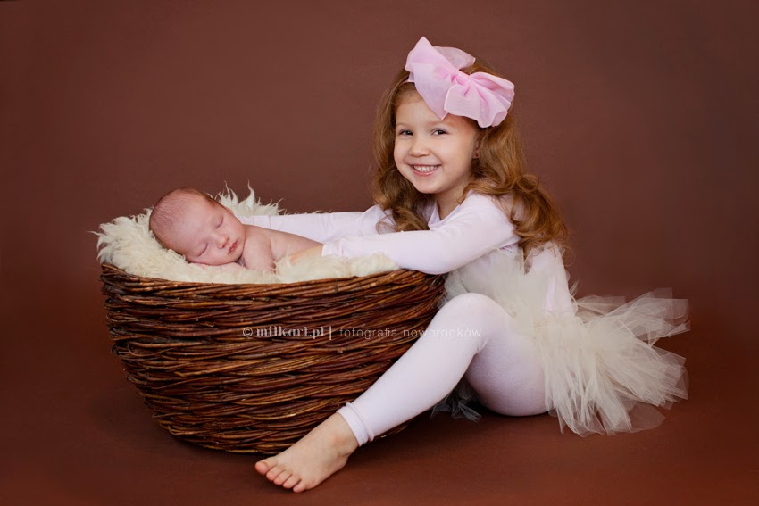 fotografia noworodków, zdjęcia rodzinne, profesjonalne sesje zdjęciowe dzieci, sesja na chrzciny
