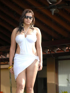 Telugu Actress namitha white Hot in Bikini