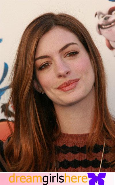 Anne Hathaway American Preety Host Anne+Hathaway-+1