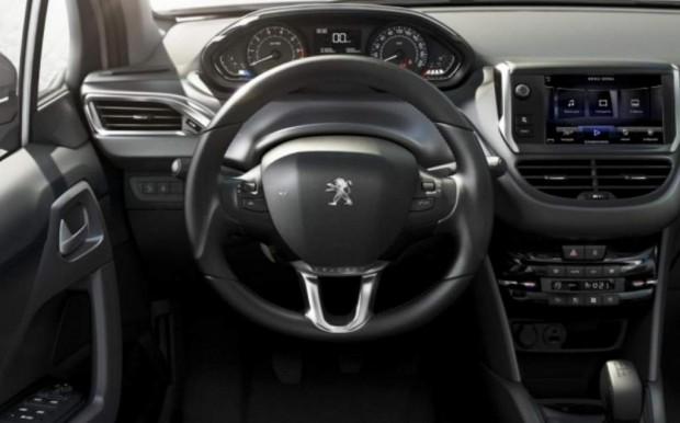 Peugeot 208 Argentina Interior