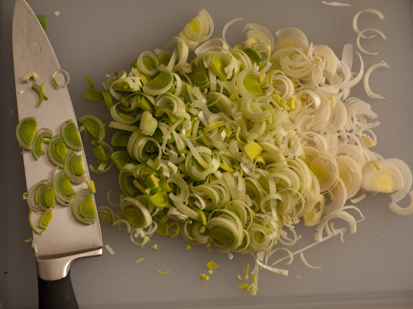 chopped leeks, Allium ampeloprasum var. porrum