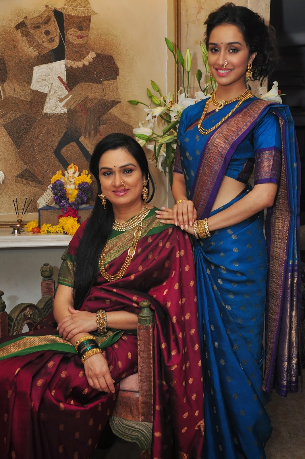padmini kolhapure in saree - photo #1