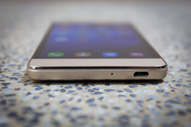 Canh-duoi-Huawei-Honor-4C