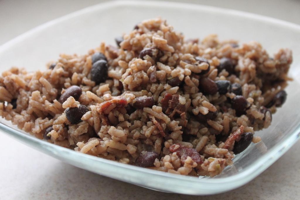 cuban black beans and rice arroz congri cuban rice and black beans ...