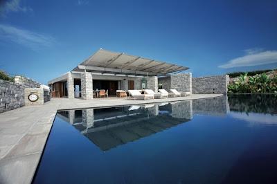 Дом из песчаника, Антильские острова (Карибы), Франция