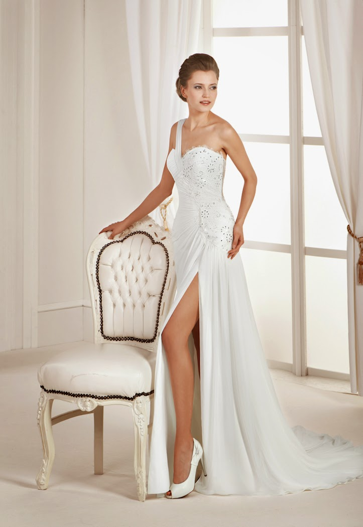 Elegantes Griechische Göttin Brautkleid aus Chiffon mit Schlitz und einem Träger.