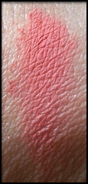 Neve Cosmetics - Blush Minerale - Origami swatch