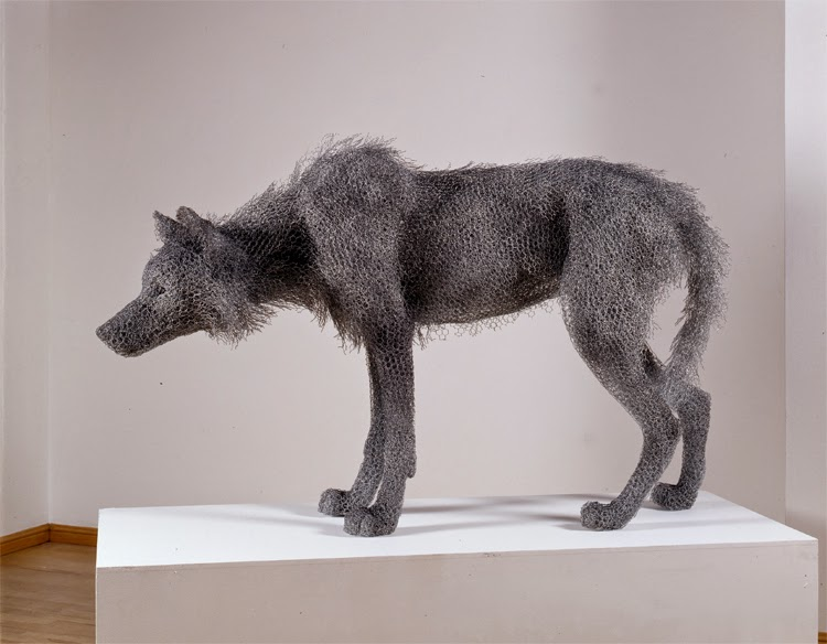 18-Timber-Wolf-Kendra-Haste-Galvanised-Wire-Animal-Sculptures-www-designstack-co