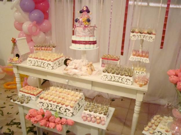 Decoração para chá de bebê - bolo de fraldas e mesa