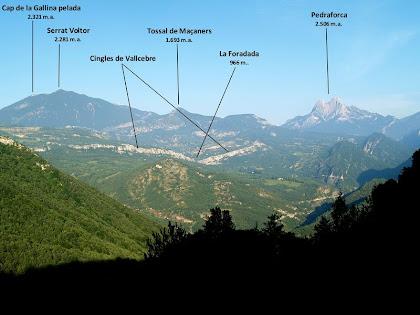 Vistes de la Serra d'Ensija, els Cingles de Vallcebre i el Pedraforca des del Cap del Grau