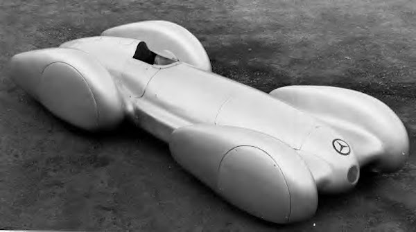 Early '30s Mercedes Racer-2