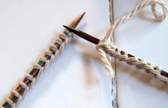 Joindre tricot en rond avec aiguilles circulaires