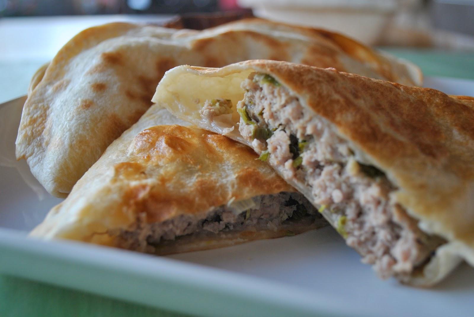 Рецепты чебуреки с мясом в домашних условиях фото