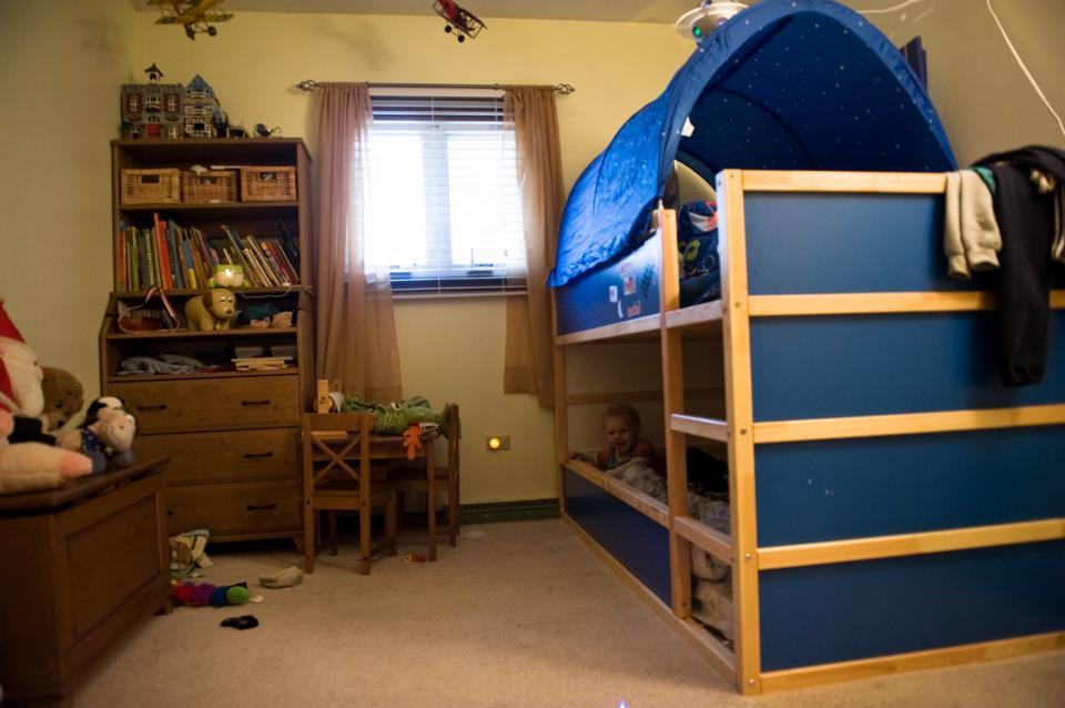 Kura bunk bed get home decorating for Kura bed decoration