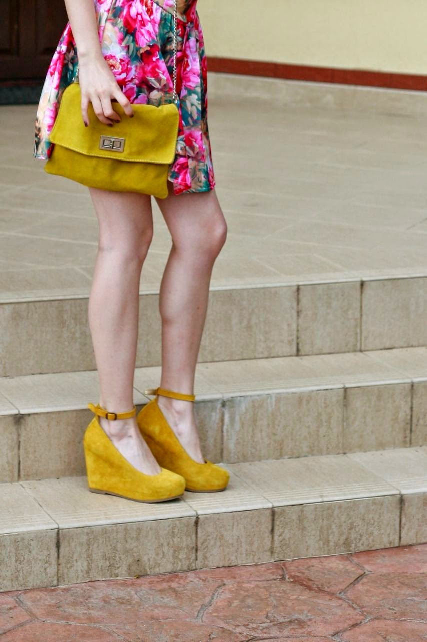 floral dress romwe yellow suede platforms