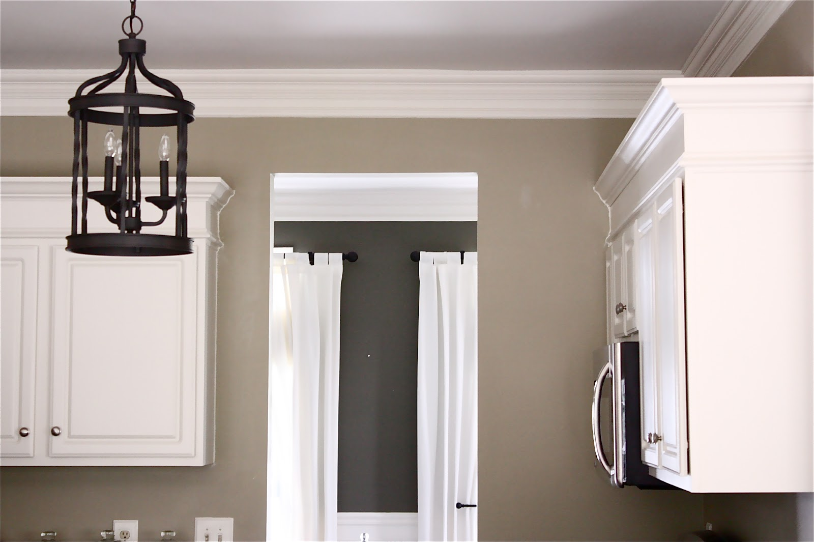 colors for painting kitchen cabinets