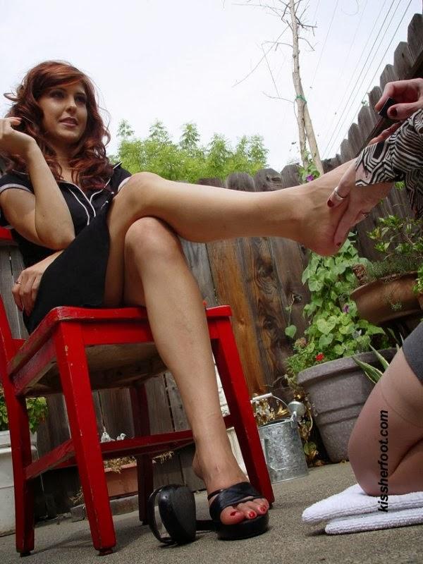 goddess pedicure slave worship mistress femdom feet3