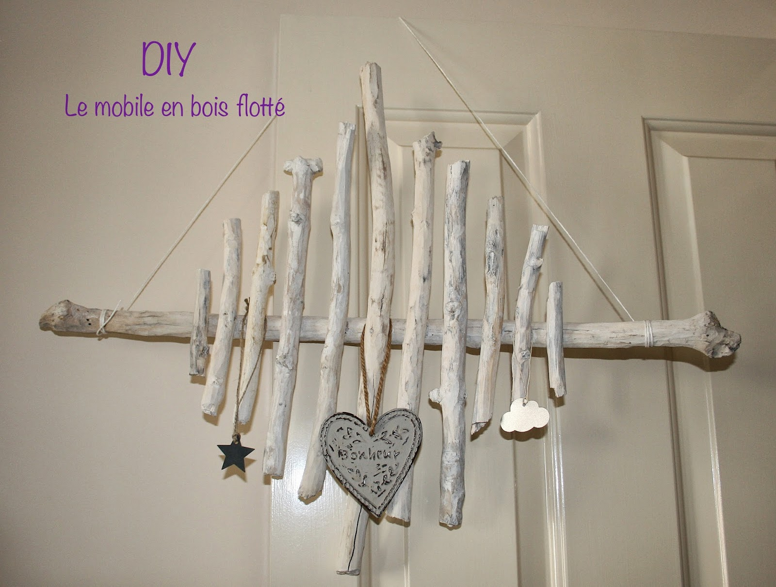 Le blog d 39 anastasia diy le mobile en bois flott for Mobile en bois flotte