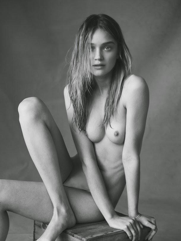 modelo Rosie Tupper ensaio fotográfico Nicole Bentley sensual nudez peitinhos