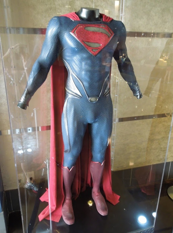 Henry Cavill Man of Steel Superman costume