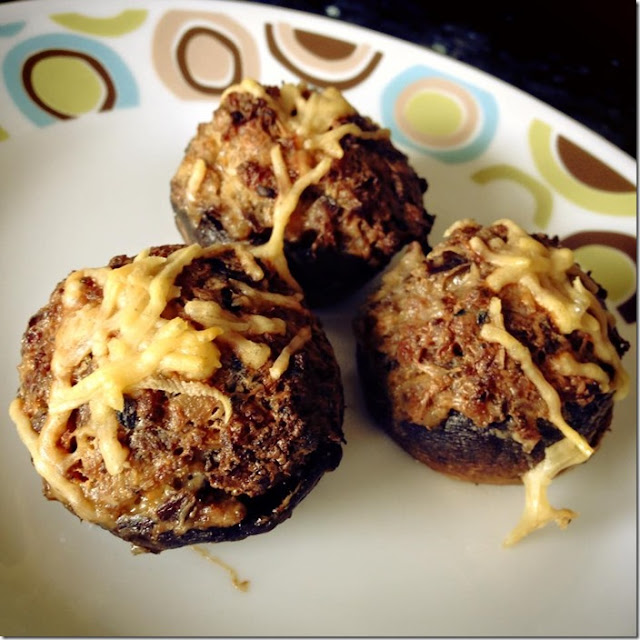 Most Viewed Recipe of the Week: Chipotle Stuffed Mushrooms from Cook Lisa Cook #SecretRecipeClub #recipe #appetizer #mushrooms