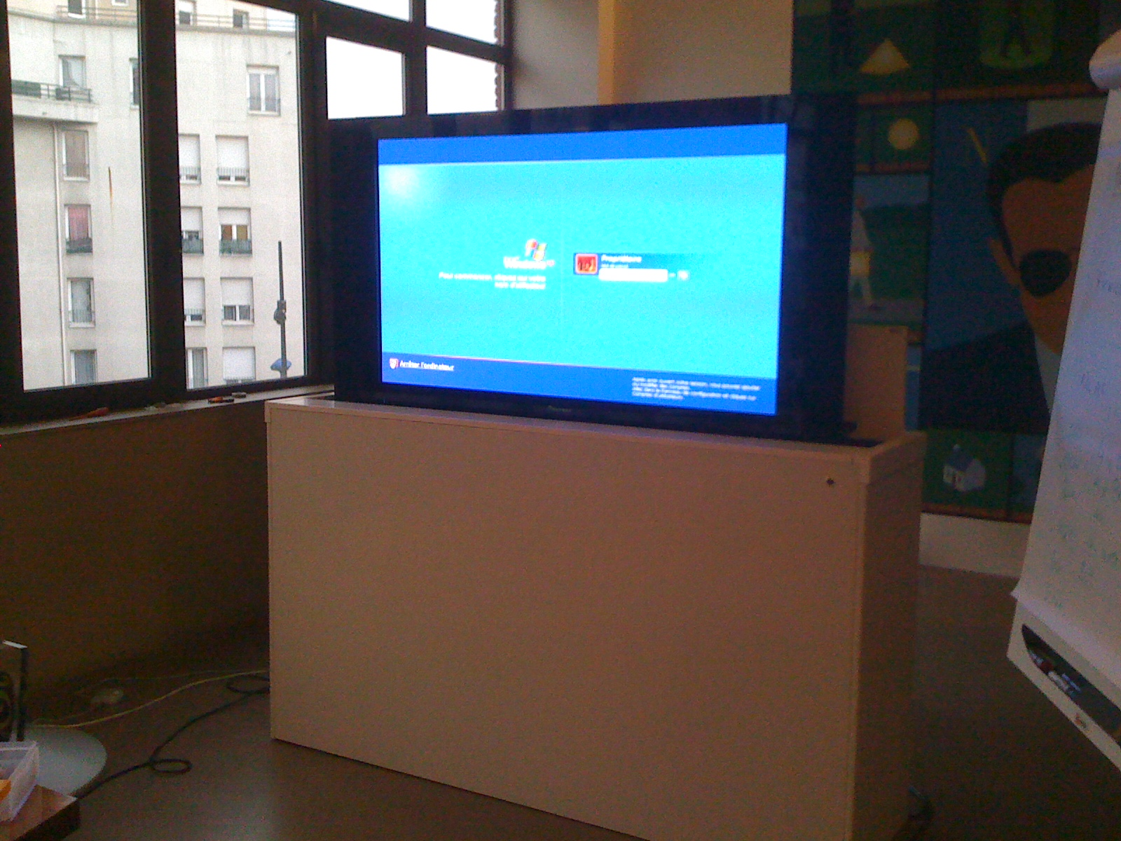 Meuble Tv Ascenseur - Meuble Tv Elevateur Artzein Com[mjhdah]http://www.pilotefilms.com/uploads/product/futureautomation/lsl-efa/images/14291/original/lsl-efa-2.jpg