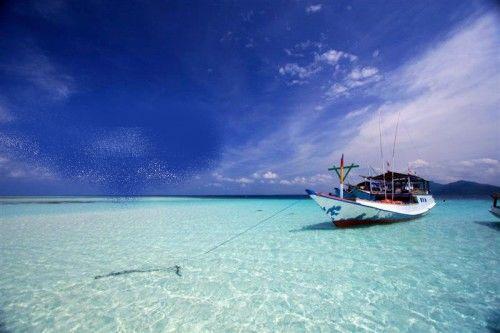 pasir putih karimunjawa